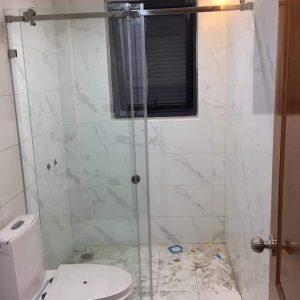phòng tắm kính cường lực ở hà tĩnh
